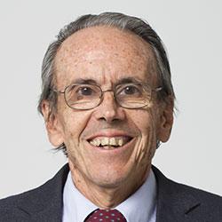 Dr. Bermúdez Carlos