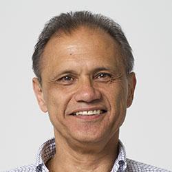 Dr. Blois Fernando