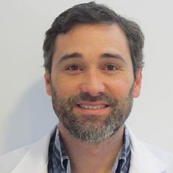 Dr. Russi Martín