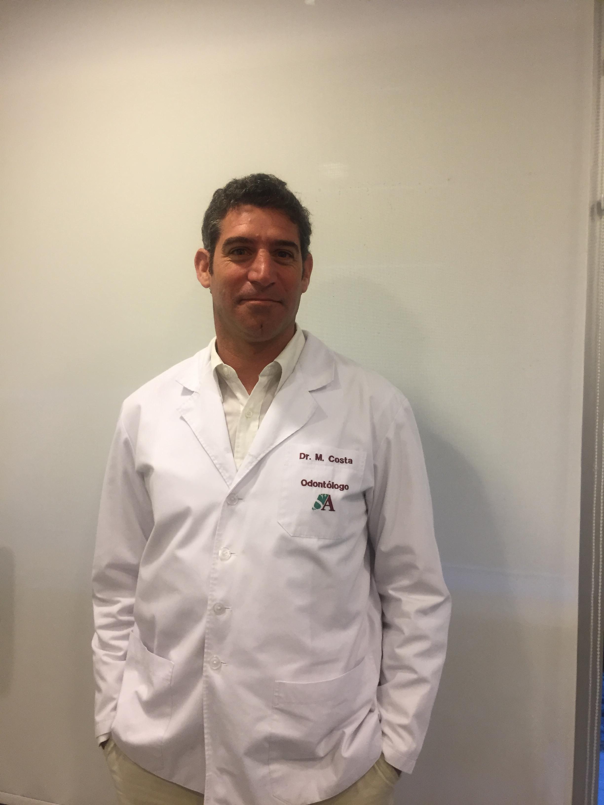 Dr. Costa Martin